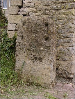 detail of Chipping Norton milestone at SP298270