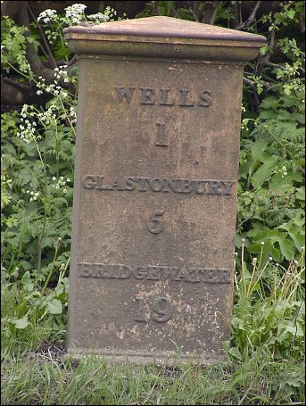 detail of Wells milepost at ST538448